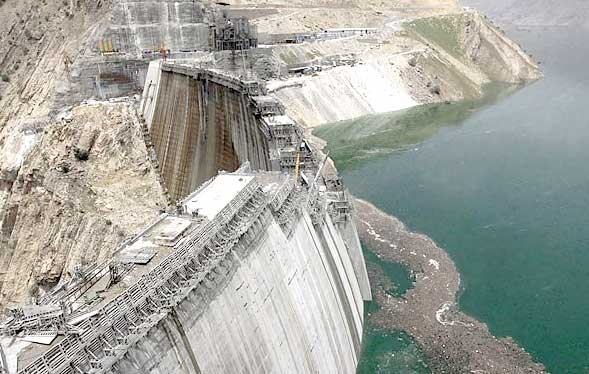 Construction of the world's tallest dam in Lorestan
